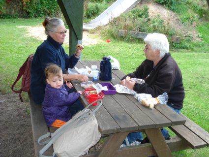 Ellen spiser mormor og farmors madpakker.