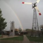Regnbue og forskellige typer af vedvarende energi