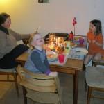 Aftensmad i stuen