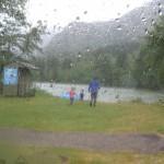 Der var vådt ved Waterton Lake